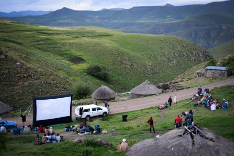 People begin to gather as the screen is set up in a village in Mokhotlong | © Meri Hyöky Photography